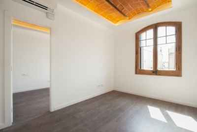 Renovated apartment in the centre of Barcelona
